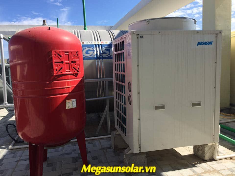 May bom nhiet du phong Megasun là hệ thống nước nóng trung tâm hiện đại nhất hiện nay