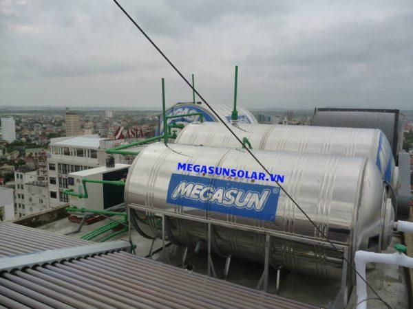 bon-nuoc-nong-megasun-300L-CA