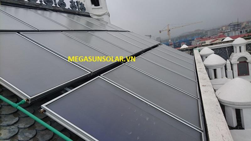 Tấm phẳng năng lượng mặt trời chịu áp ST-2500