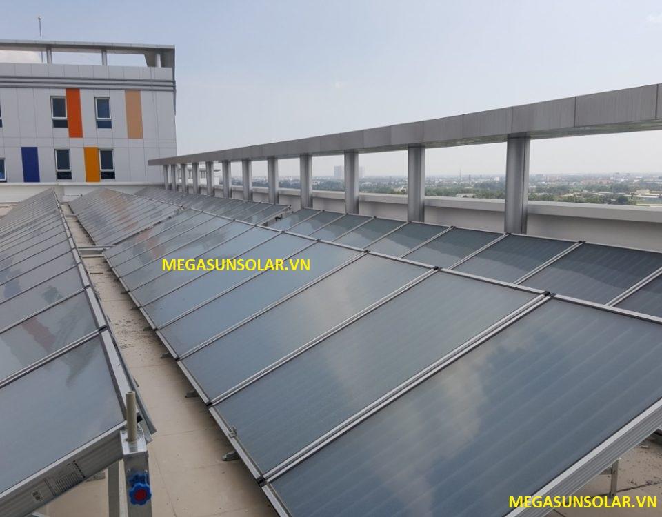 Tấm phẳng năng lượng mặt trời Megasun hệ công nghiệp ST-2000