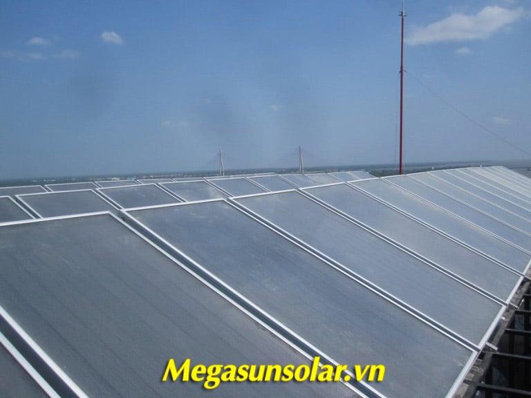 Giàn tấm phẳng thu nhiệt Megasun