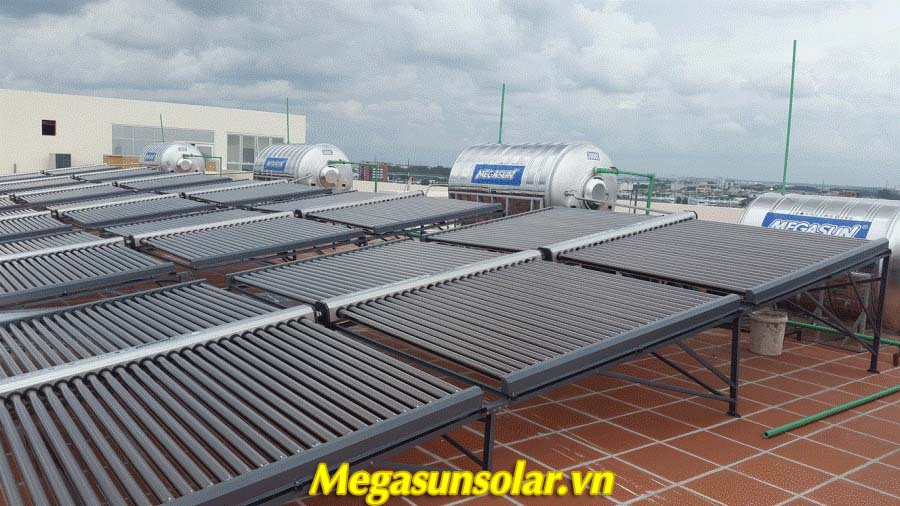 Máy nước nóng năng lượng mặt trời ống chân không Megasun