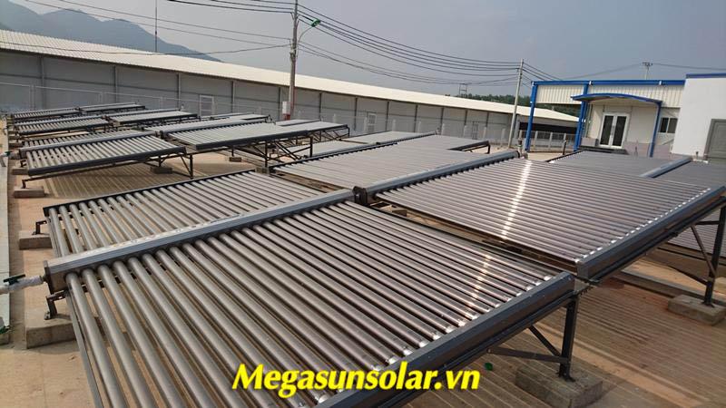 Máy nước nóng năng lượng mặt trời ống chân không