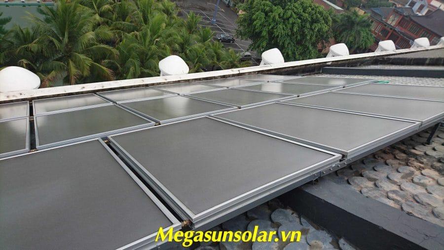 Máy nước nóng năng lượng mặt trời tấm phẳng Megasun