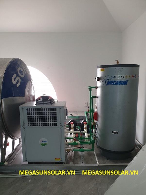 Máy nước nóng bơm nhiệt Megasun MGS - 2.5HP lắp đặt tại Mộc Lan