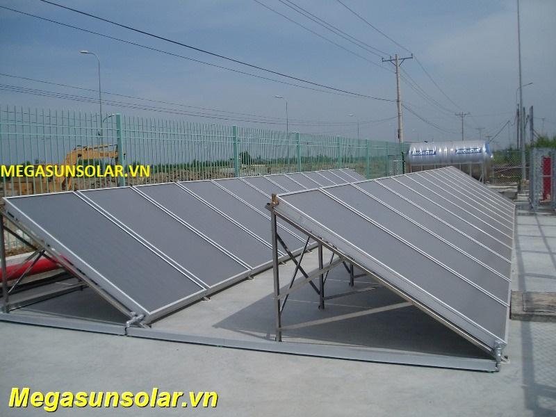 Hệ nước nóng năng lượng mặt trời công nghiệp MEGASUN
