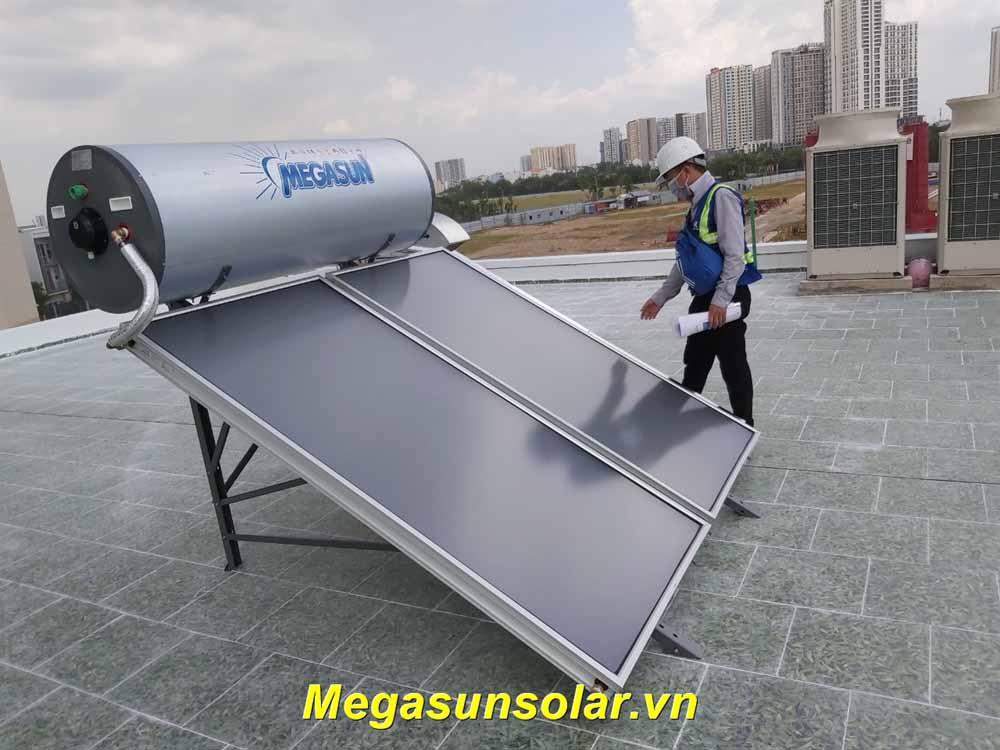Máy nước nóng năng lượng mặt trời loại tấm phẳng MGS-300CA