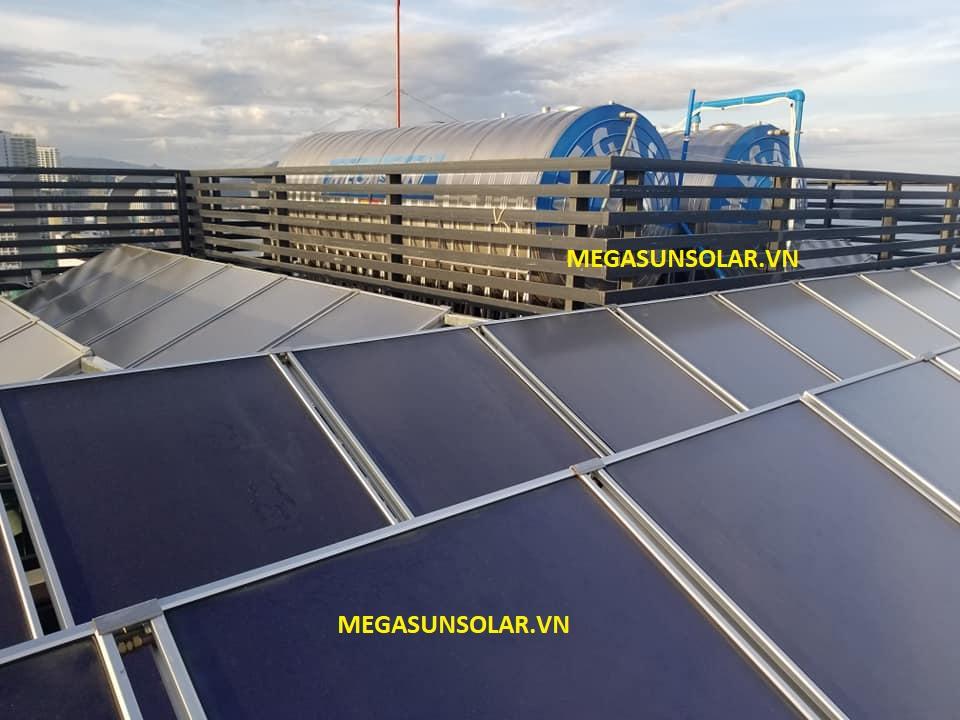 Máy nước nóng tấm phẳng công nghiệp MEGASUN