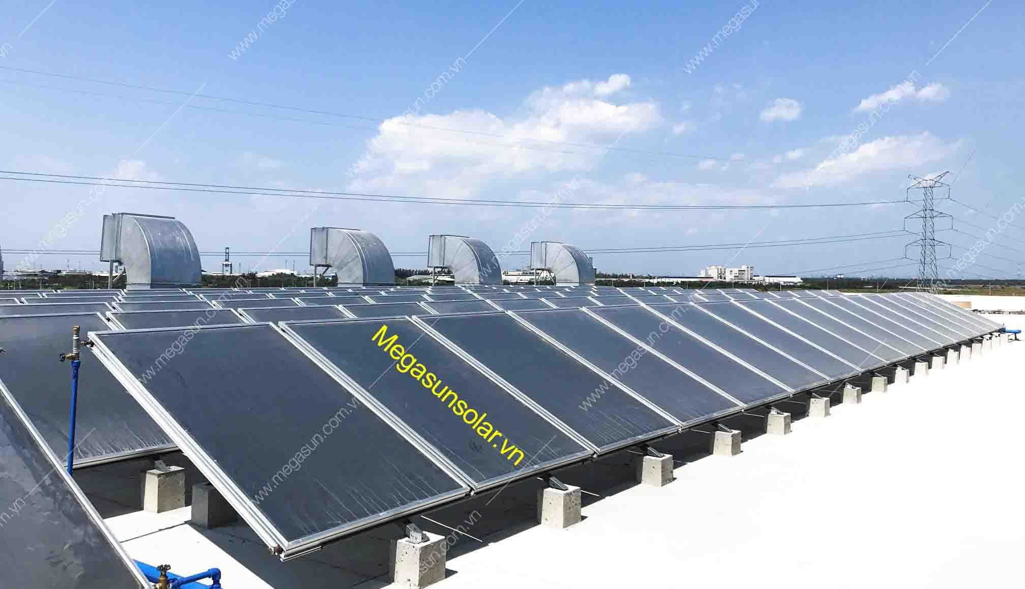 tấm phẳng thu năng lượng mặt trời