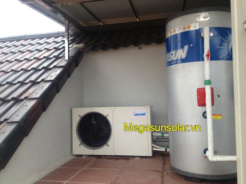 Hệ thống nước nóng bơm nhiệt bình tách rời và bồn bảo ôn 300L