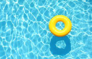 Hồ bơi nước nóng dùng bơm nhiệt Nirvana